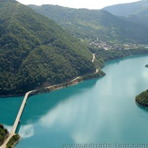 Плужине город в Черногории